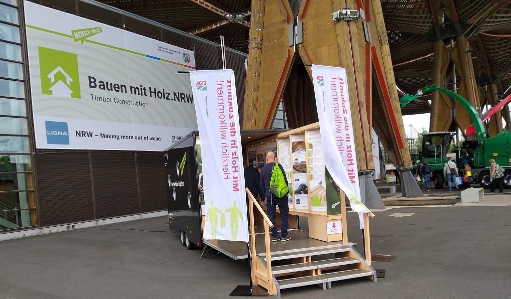 Die Mobile Holz-Expo.NRW auf der Weltleitmesse LIGNA
