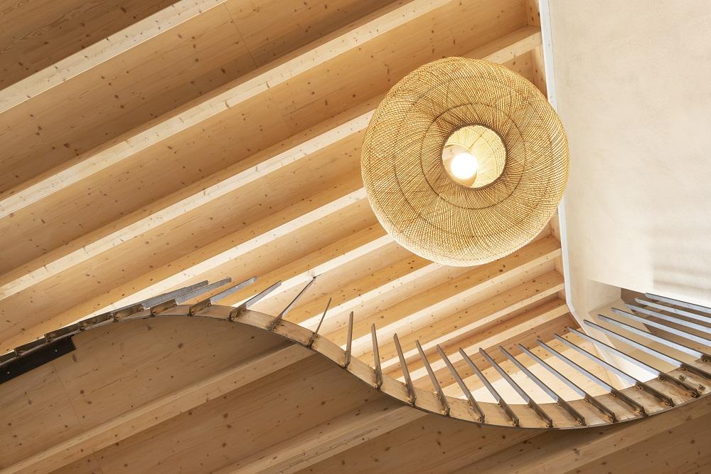 Dachgeschossausbau mit tragender Struktur